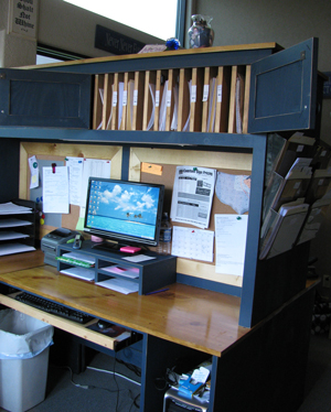 custom-doubledesk-1blg.jpg